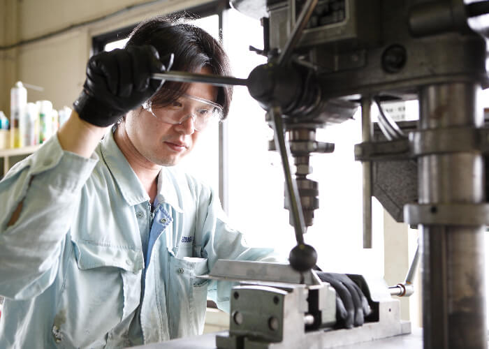 High Development and Production Skill for Fully Customized Machines